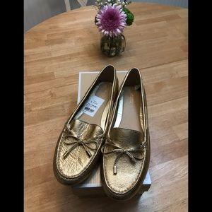 Michael Kors Daisy Moc Gold Leather Sz 10 NWT